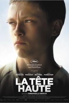 La Tête haute (2014)