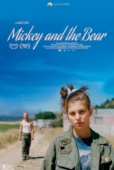 Mickey and the Bear (2020)